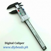 Digital Caliper uses LR44 Button Cell